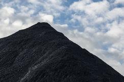 montagna-di-carbone-48841262